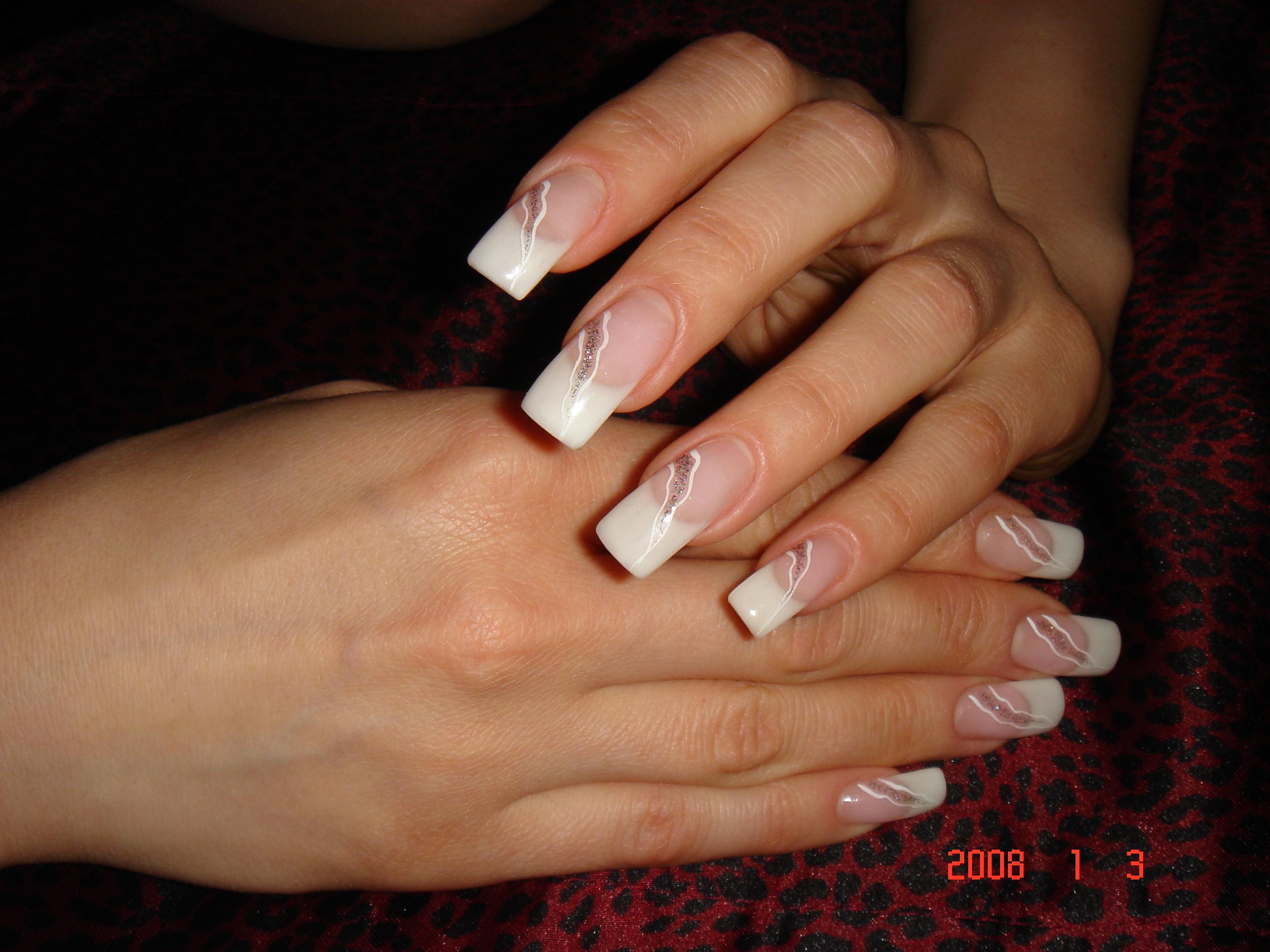 Нарощенные ногти однёрочка фото