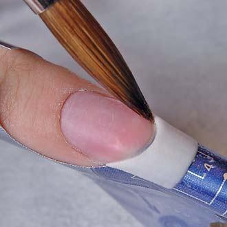 Как сделать незаметную шпаргалку на ноготь