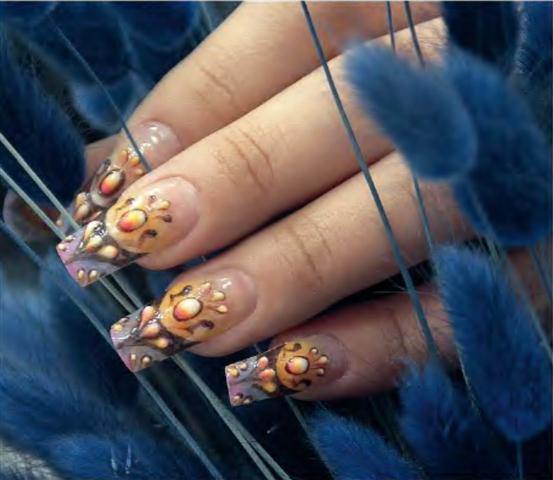 Дизайн ногтей в стиле Барокко: www.creativenails.ru/дизайн-ногтей-в-стиле...