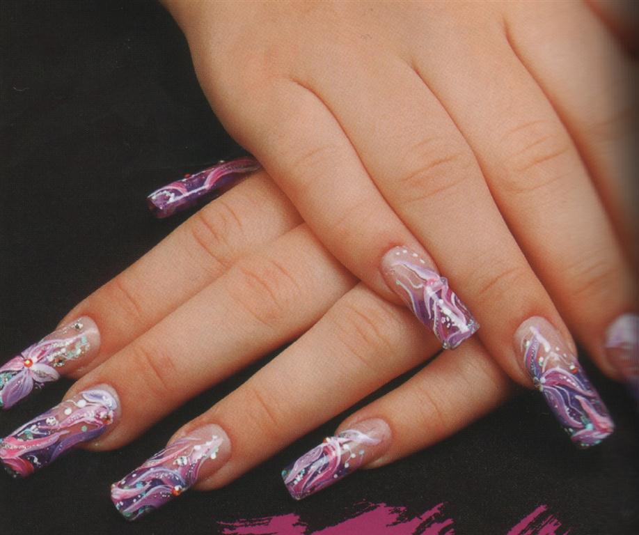 Дизайн ногтей: www.creativenails.ru/нежный-рисунок-на-ногтях