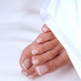 Как известно ногти на ногах растут