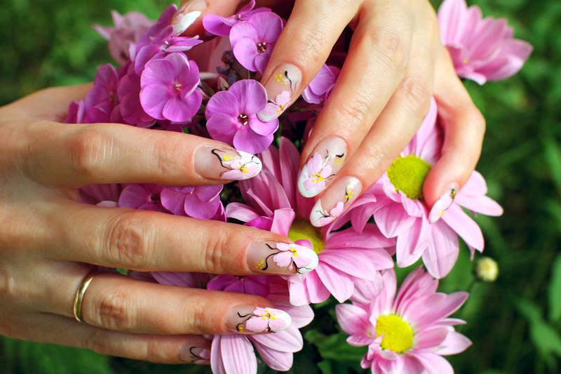 Красивое фото ногти и цветы