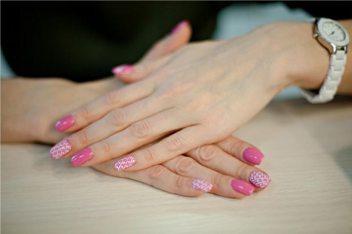 Как использовать стемпинг в дизайне ногтей (2)