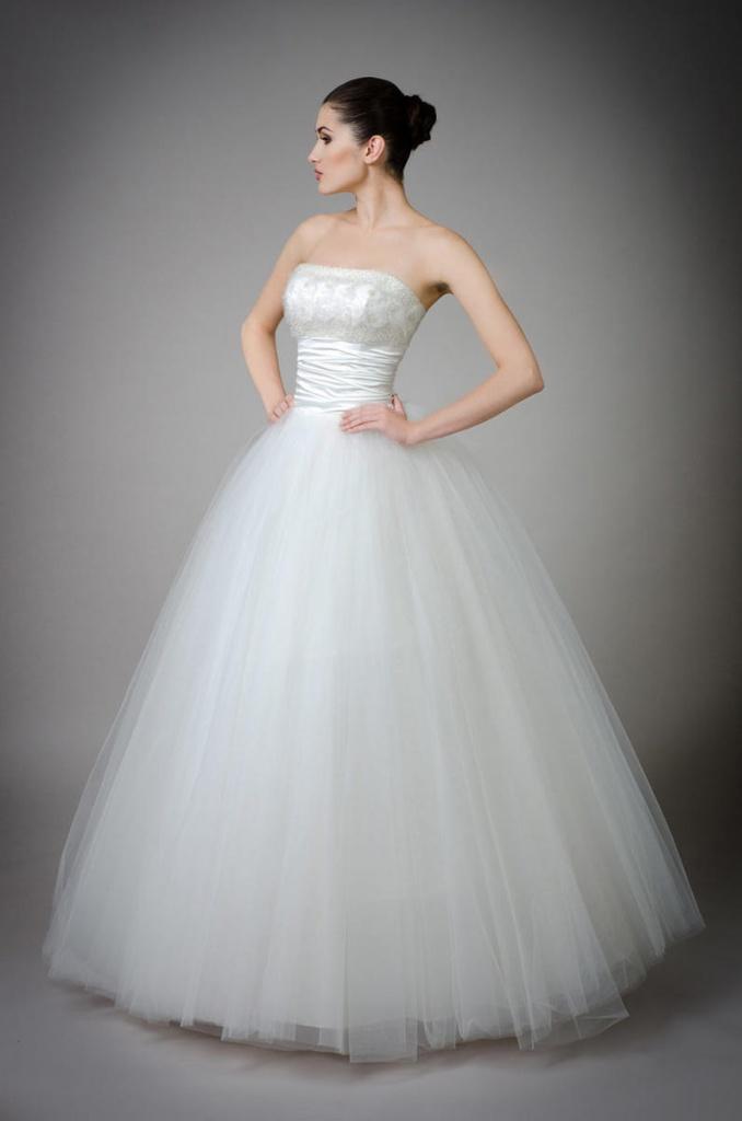 Свадебные платья Ампир - это простота и экстравагантность1