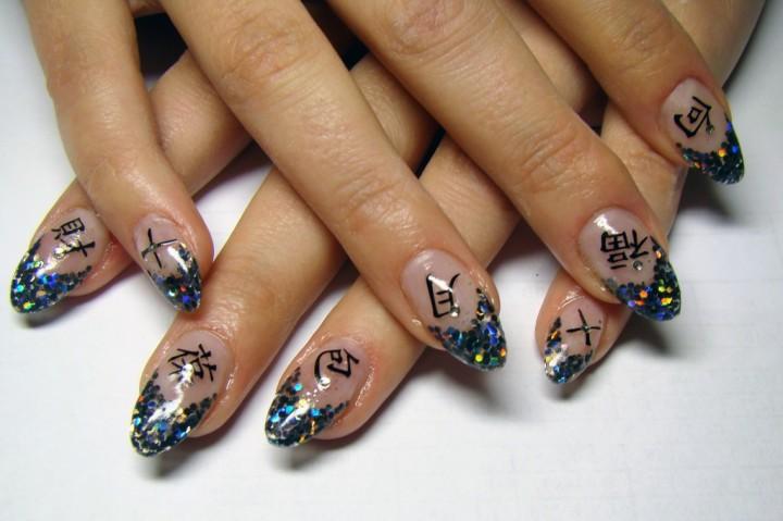 Декоративный дизайн ногтей: популярная мода современности3