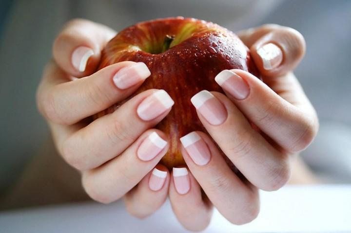 Домашний уход за натуральными ногтями