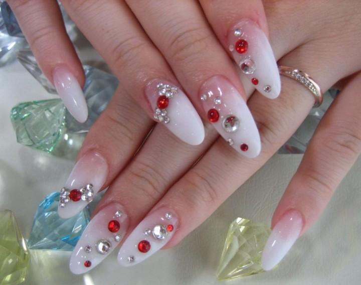 Красивые ногти – украшение любой девушки!