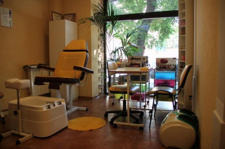 Маникюрный салон: как его открыть