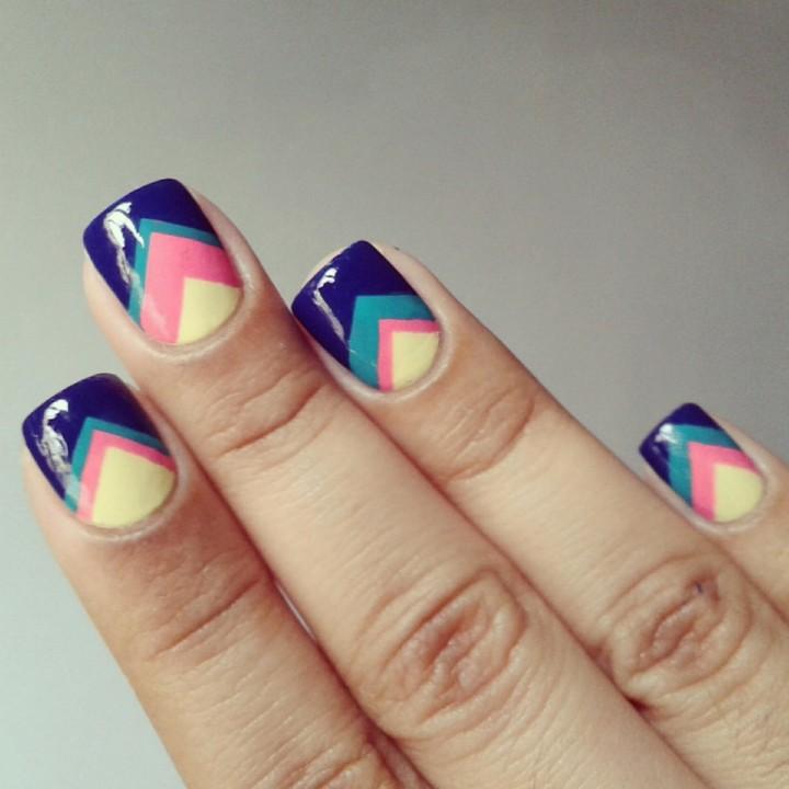 Красивые рисунки на коротких ногтях2