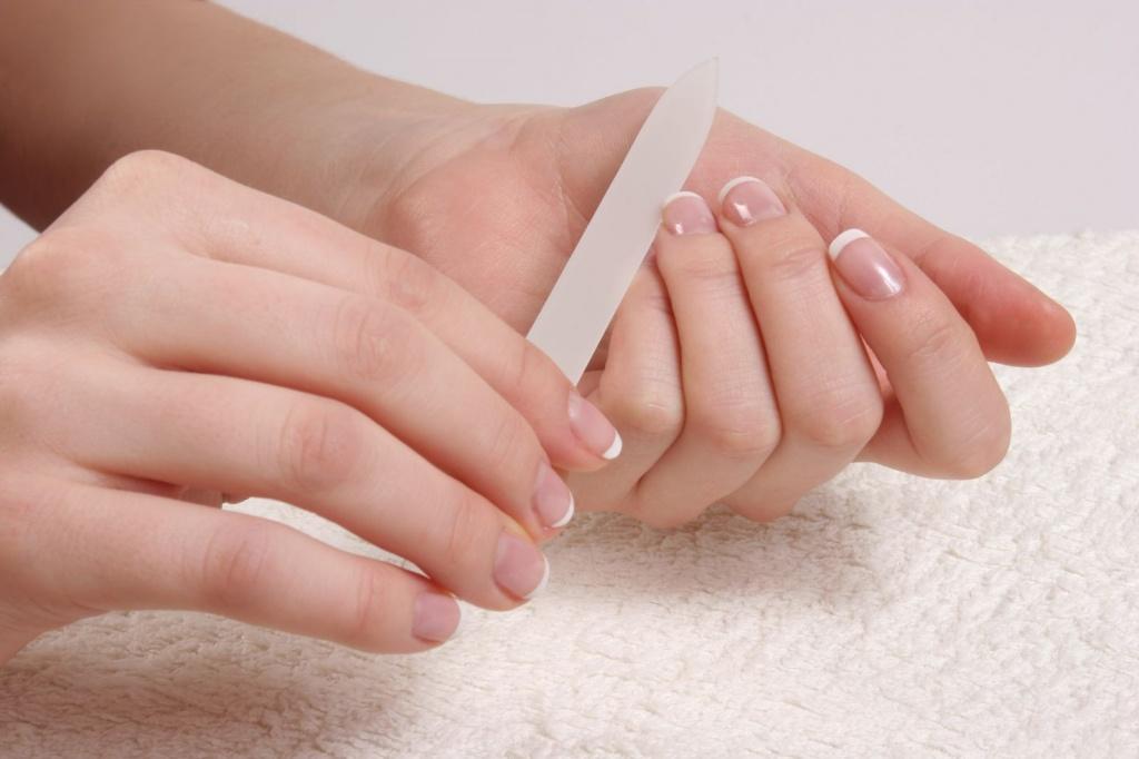 Как правильно подпилить ногти и сделать красивую форму 892