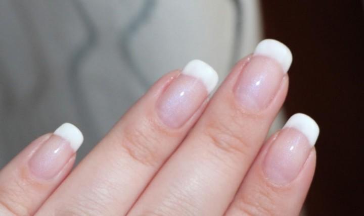 Почему ногти, росшие правильно, загибаются?