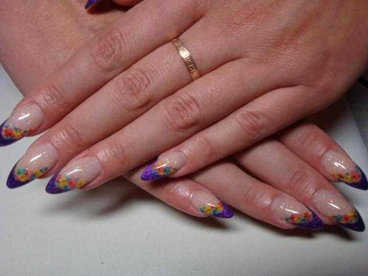 Технология наращивания ногтей в целях создания идеального образа