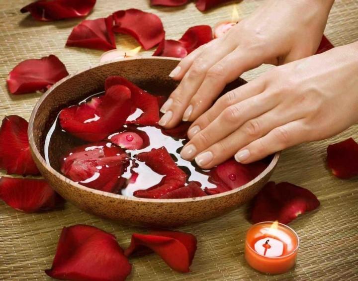 Ванночки для ногтей: их суть и рецепты3