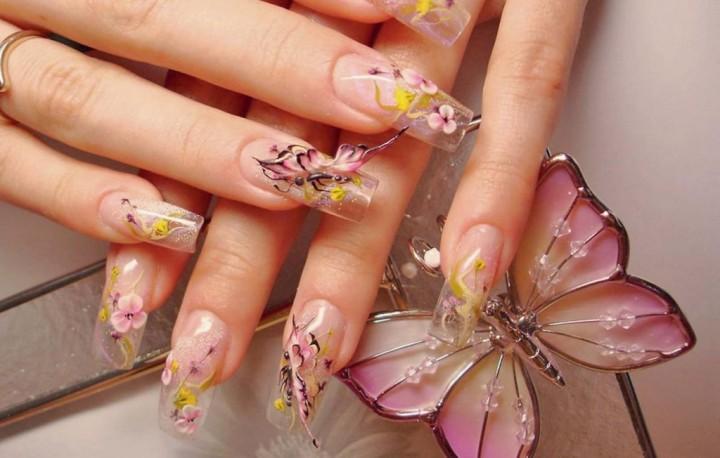 Акрил и женские ногти2