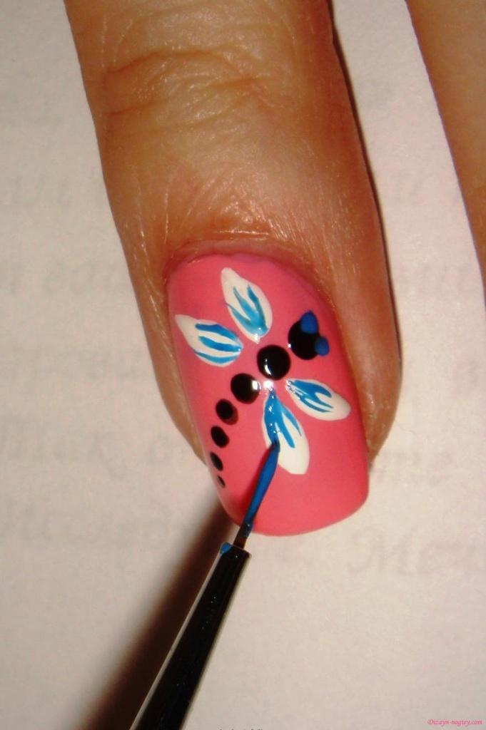 Как нарисовать простые рисунки на ногтях