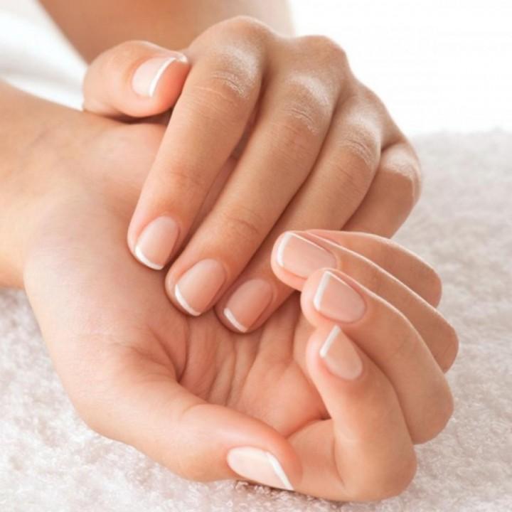 Как зимой оберегать руки и ухаживать за ногтями3