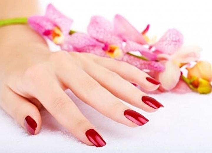 Как укрепить ногти зимой?