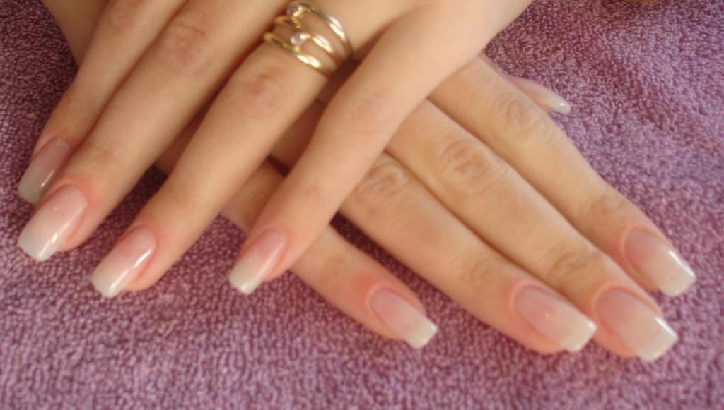 Нарощенные ногти под лак