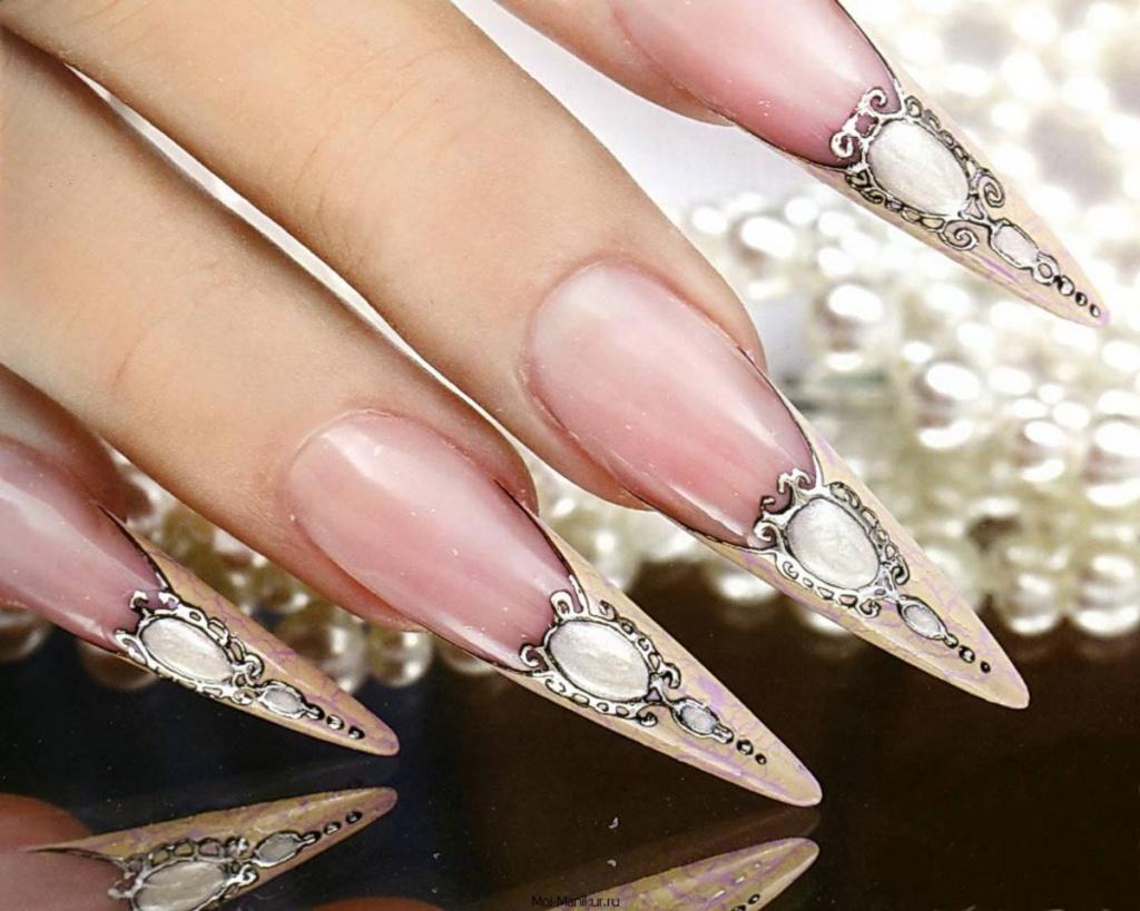 Модный дизайн острых ногтей : красивый маникюр на 61